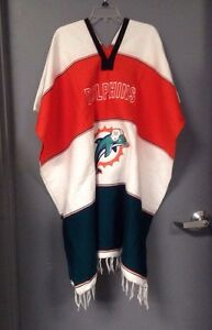 Miami-Dolphins-Poncho-NOT-AUTHENTIC-NFL-PRODUCT
