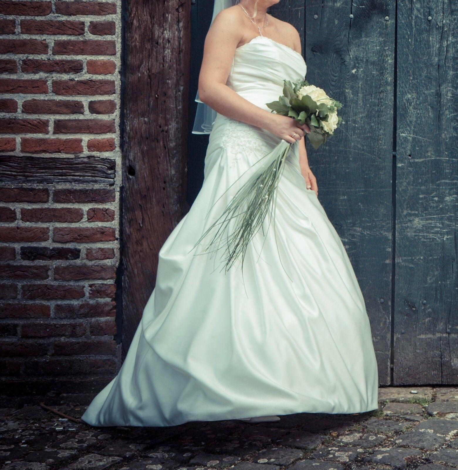 Brautkleid Brautkleid Brautkleid Größe 38 Brautkleid Gr.38 Amelie Hochzeitskleid Gr.38 Top   NP 1200,-    Ideales Geschenk für alle Gelegenheiten    Schön geformt    Sale Online Shop  263e42