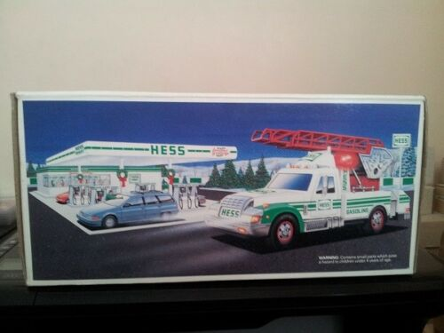 HESS* 1994* TOY* RESCUE* TRUCK* MIB*