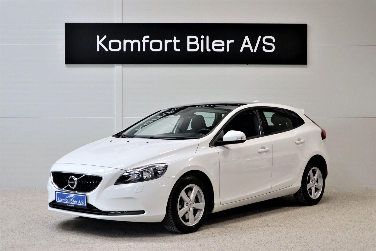 Volvo V40 1,5 T3 152 Kinetic aut. 5d - 234.900 kr.