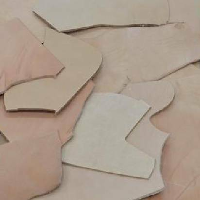 Vegetable Tanned Leather Scrap 12-14 oz Cow hide Remnants 1 Pound Natural Pieces