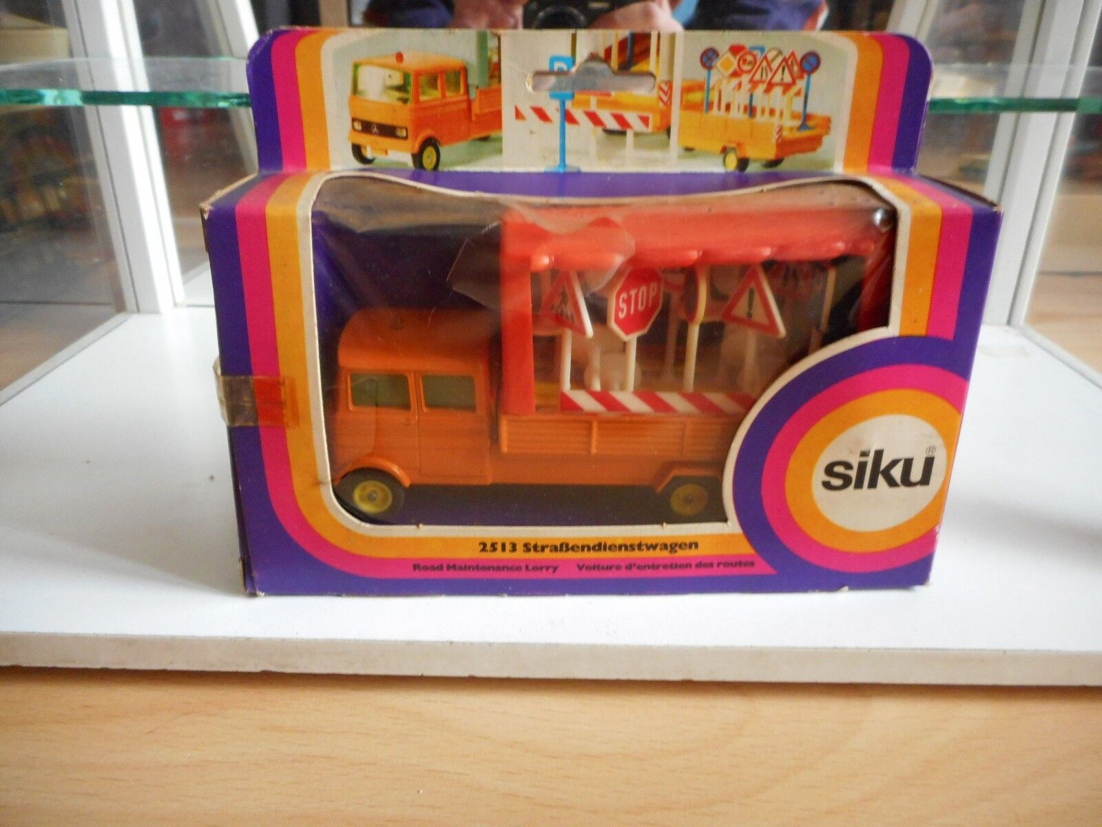 Siku Mercedes Road Maintance lorry in Orange in Box (Siku nr  2513)
