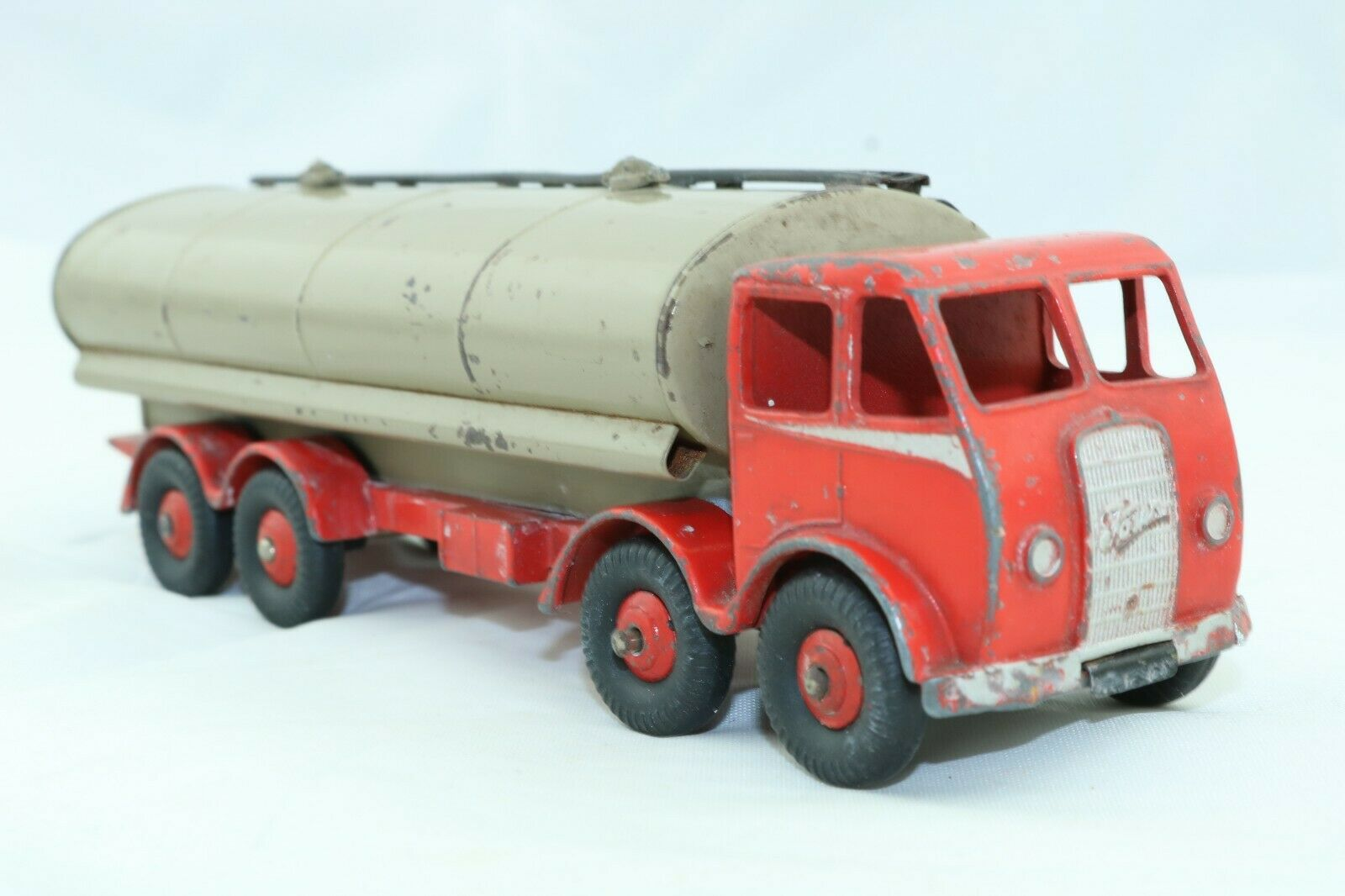 Dinky No 504 Foden 14 Ton Tanker - 1948 - Meccano - England 1st grill