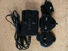 soundmatters foxL V2.2 charger with EU, AU and UK plugs