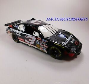 3-Goodwrench-Service-Dale-Earnhardt-1997-Monte-Carlo-Daytona-Crash-Car-1-12