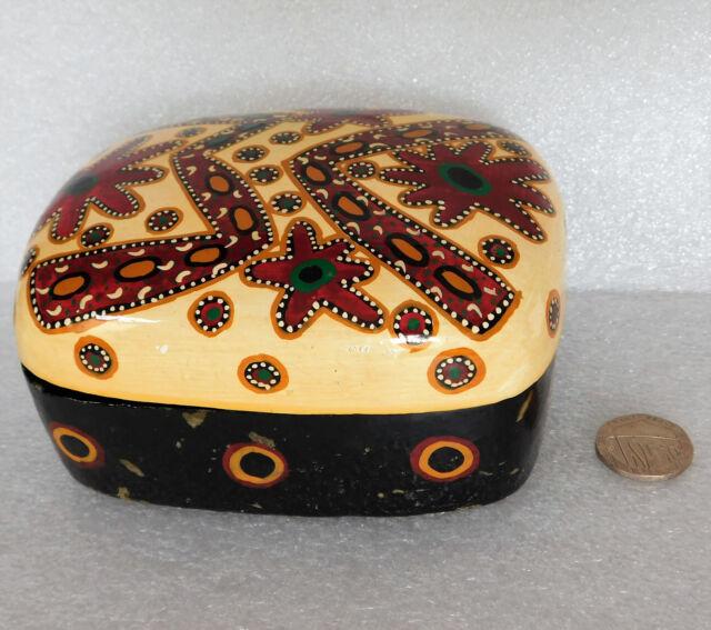 Kashmir Indian papier mache trinket box Australian aboriginal design Kaltjiti