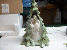 White Grasslands Road 471776 Light-up Glitter Christmas Tree