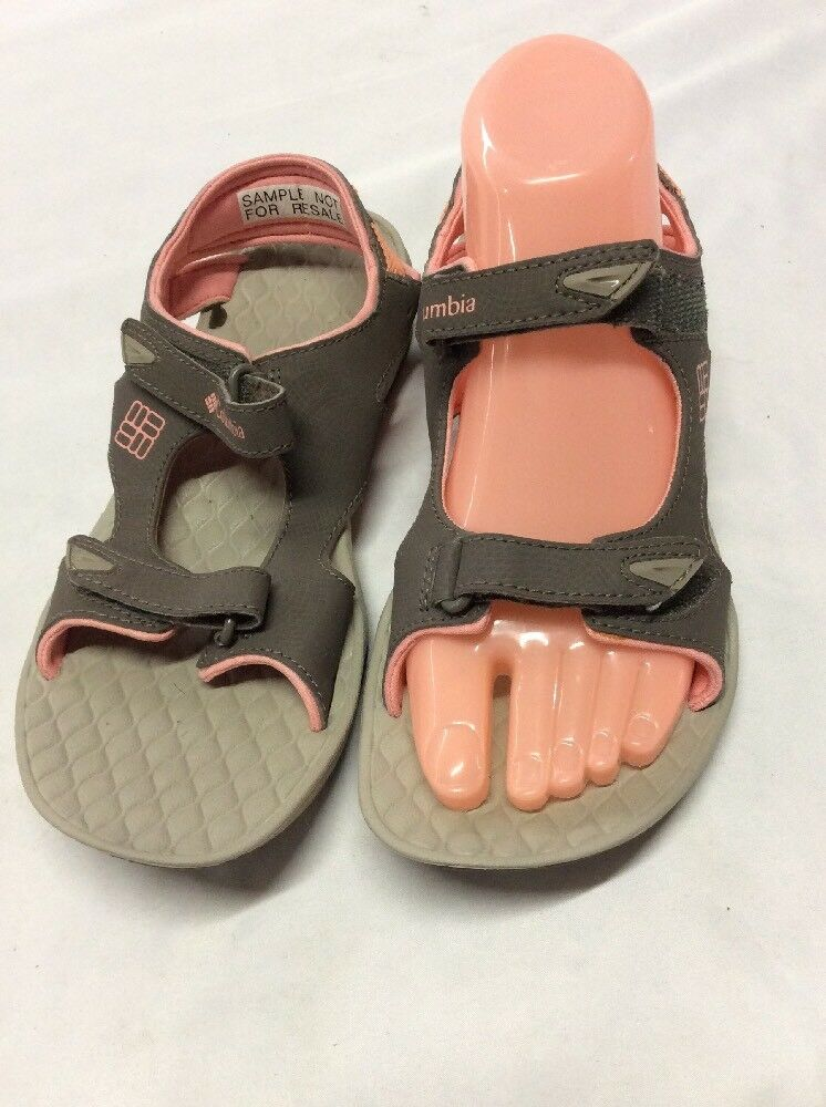 New Womens Mukluk Co. Cream Metal Studded Ashley Style Thong Sandals Size 6