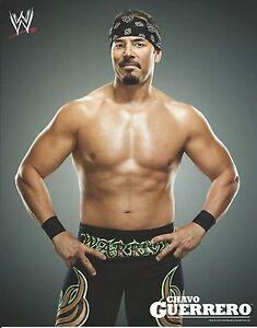 CHAVO-GUERRERO-WWE-WRESTLING-8X10-LICENSED-PROMO-PHOTO-NEW-06