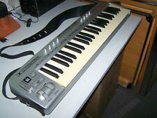 BEHRINGER Motör 49 Keyboard Abdeckung von Viktory