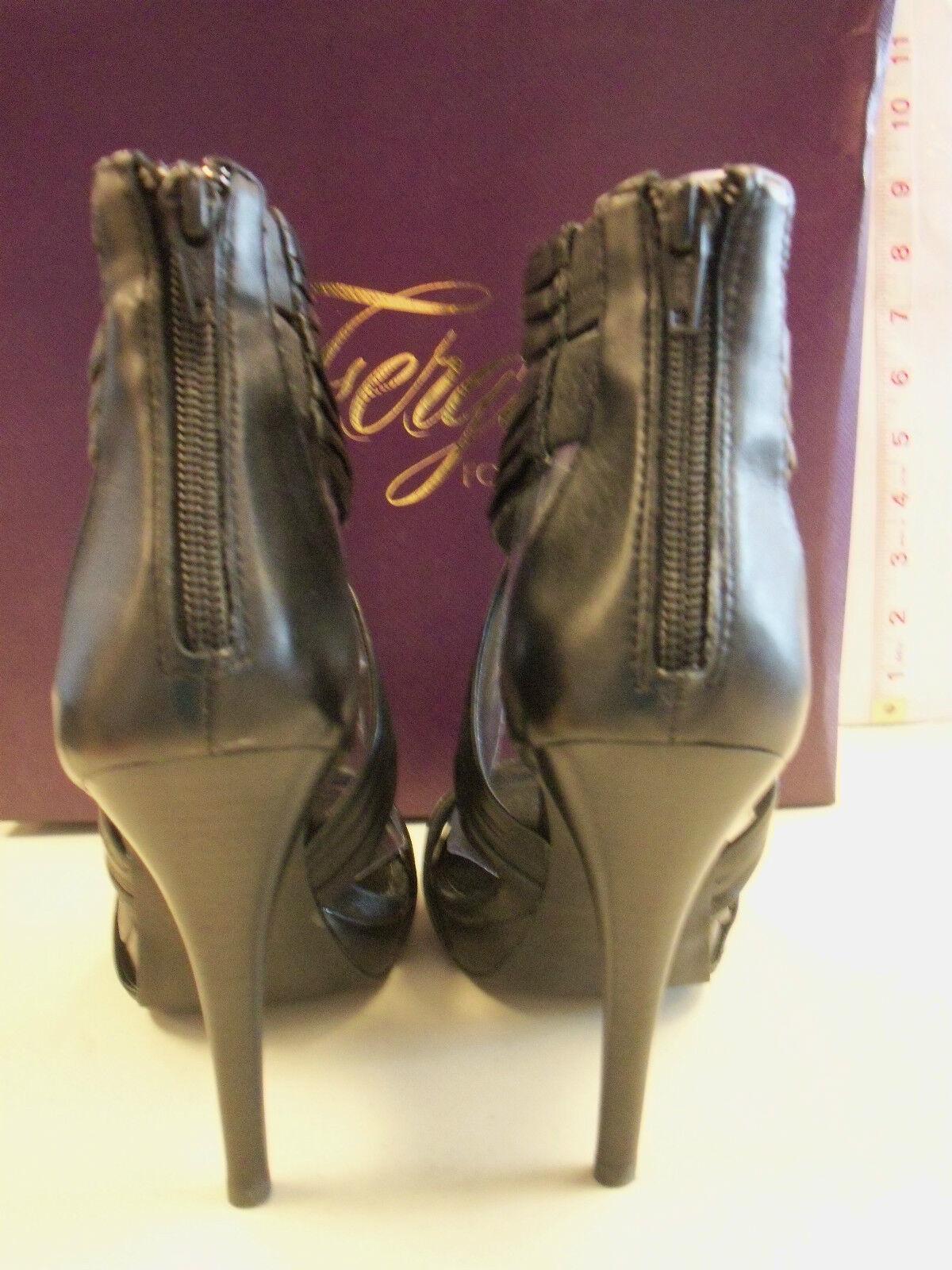 Fergie New Womens Sanibel Black Stiletto Heels 6 M shoes shoes shoes a86974