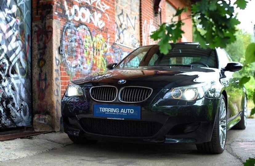 BMW M5 5,0 SMG Benzin aut. Automatgear modelår 2005 km