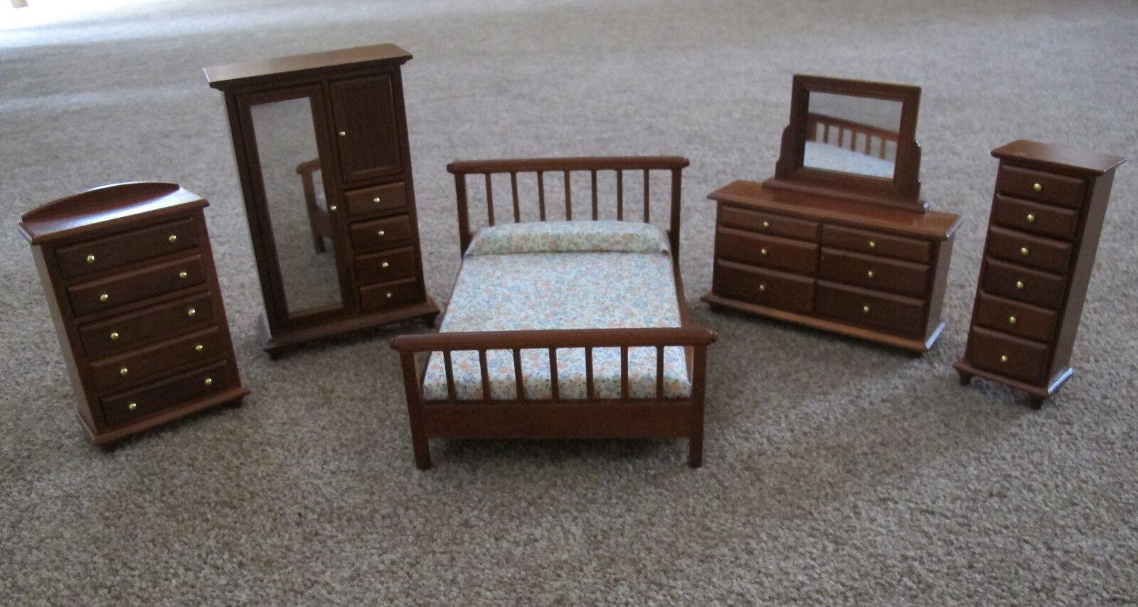Dolls House Miniature 1:12th Scale 5 Piece Walnut Bedroom Set