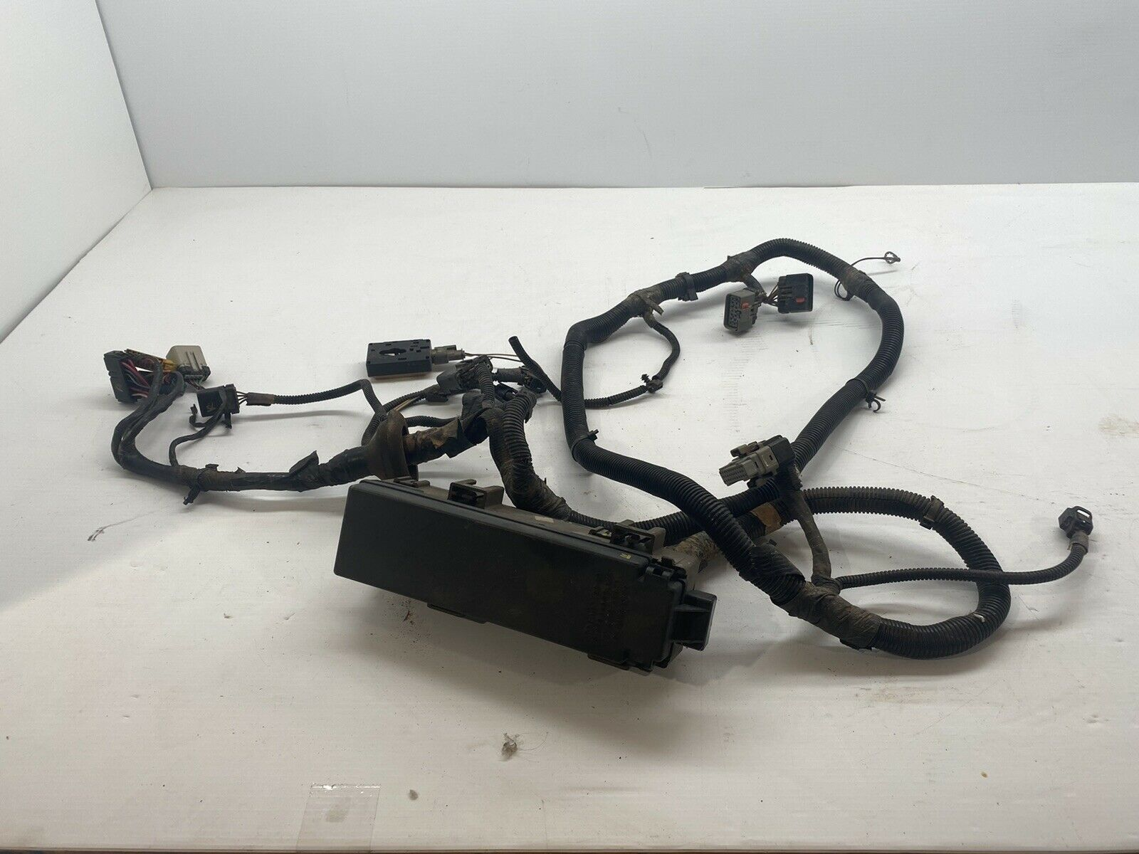 Under Hood Wiring Harness w/ fuse panel 4.0 AT 2000 JEEP WRANGLER TJ  56010350AD for sale onlineeBay
