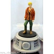 NEW Hunger Games WizK!ds Gravity Feed District 7 Tribute Female Figurine NECA