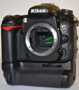 Nikon D7000 16.2 MP + Zubehörpaket MB-D11 Batteriepack,+Sigma 18-200 = Sehr gut