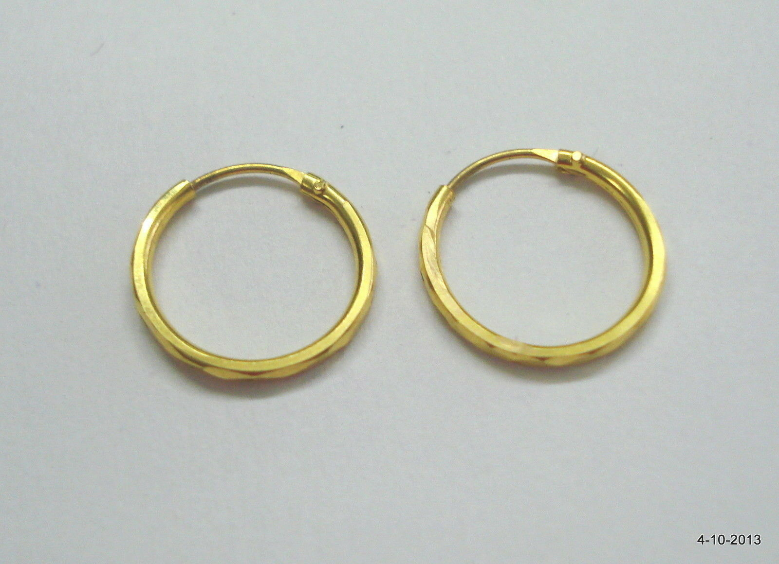 Traditional design 18k gold earrings hoop earrings unisex
