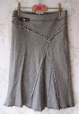 Rare! DESIGNER SANDRO PARIS Crystal Rhinestone Bow Fray Herringbone Tweed Skirt