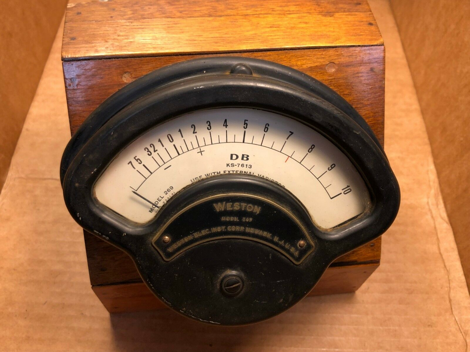 Antique Weston Model 269 Decibels Vu Meter DB KS-7613 Western Electric Wood Case