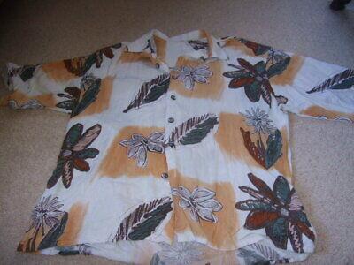 Il Prezzo Più Economico 80s Marrone Retrò Vintage Daisy Camicia Floreale Bianco L- Una Custodia Di Plastica è Compartimentata Per Lo Stoccaggio Sicuro