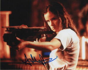 JULIETTE-LEWIS-SIGNED-AUTOGRAPH-8X10-PHOTO-SEXY-HOT-NATURAL-BORN-KILLERS