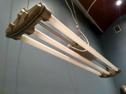 1 aus 10 ALTE NEON LAMPE INDUSTRIELAMPE 70er VINTAGE FLUORESCENT LAMP