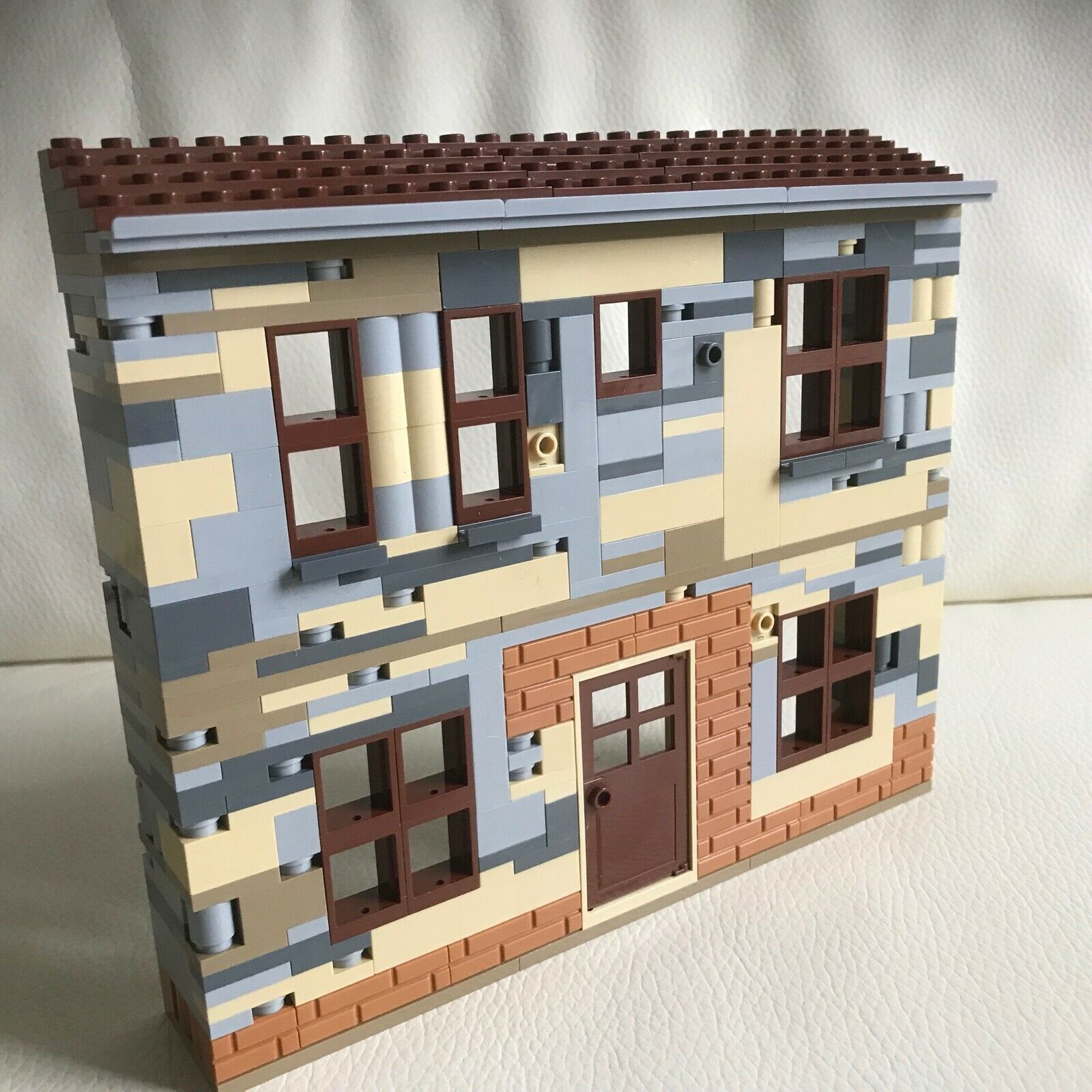 LEGO original parts FRENCH Village BUILDING playable solid DIORAMA my design 81