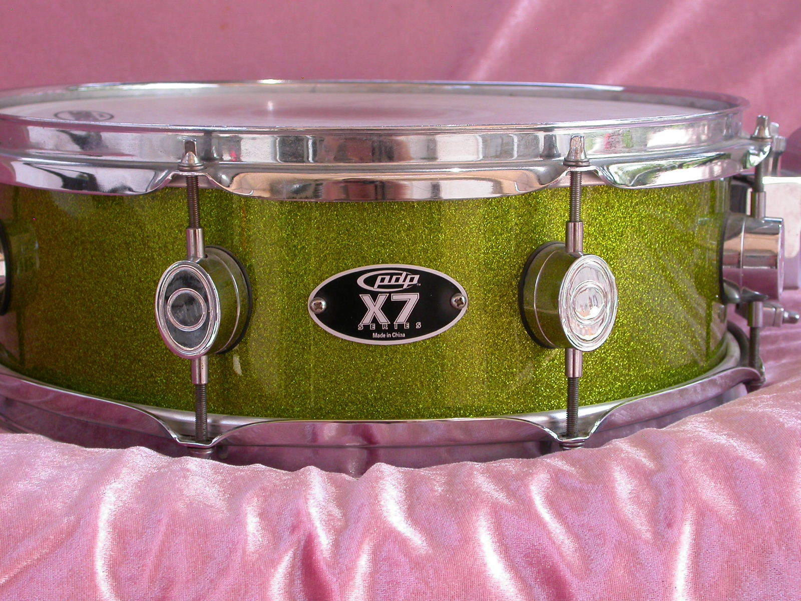 PDP PACIFIC by DW X7 SERIES 14  SNARE in GREEN SPARKLE LACQUER for SET LOT  M9