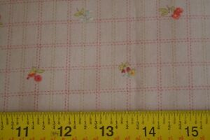 By-1-2-Yd-Red-Green-Tan-Quilting-Cotton-Moda-3-Sisters-Oasis-4046-16-M8478
