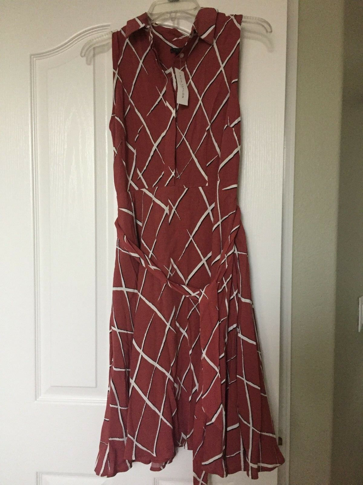 New Ann Taylor Women Dress Size 4 Sleeveless Collar Wrap