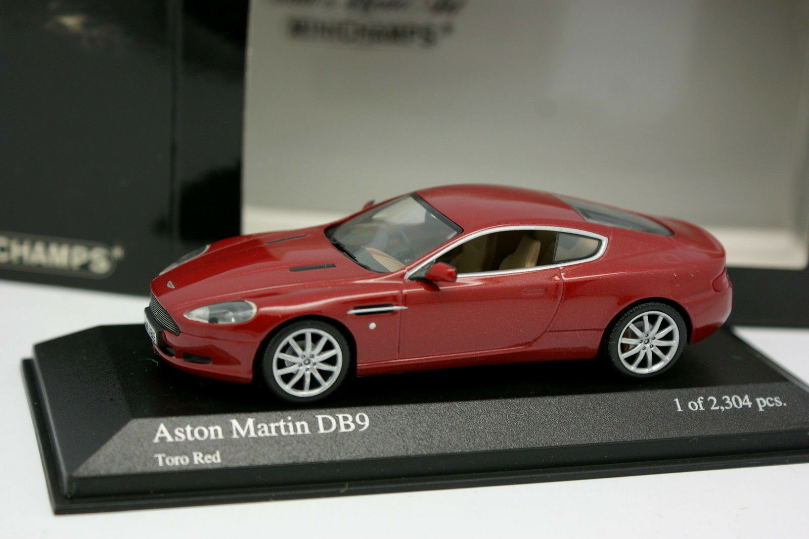 Minichamps 1 43 - Aston Martin DB9 Rouge