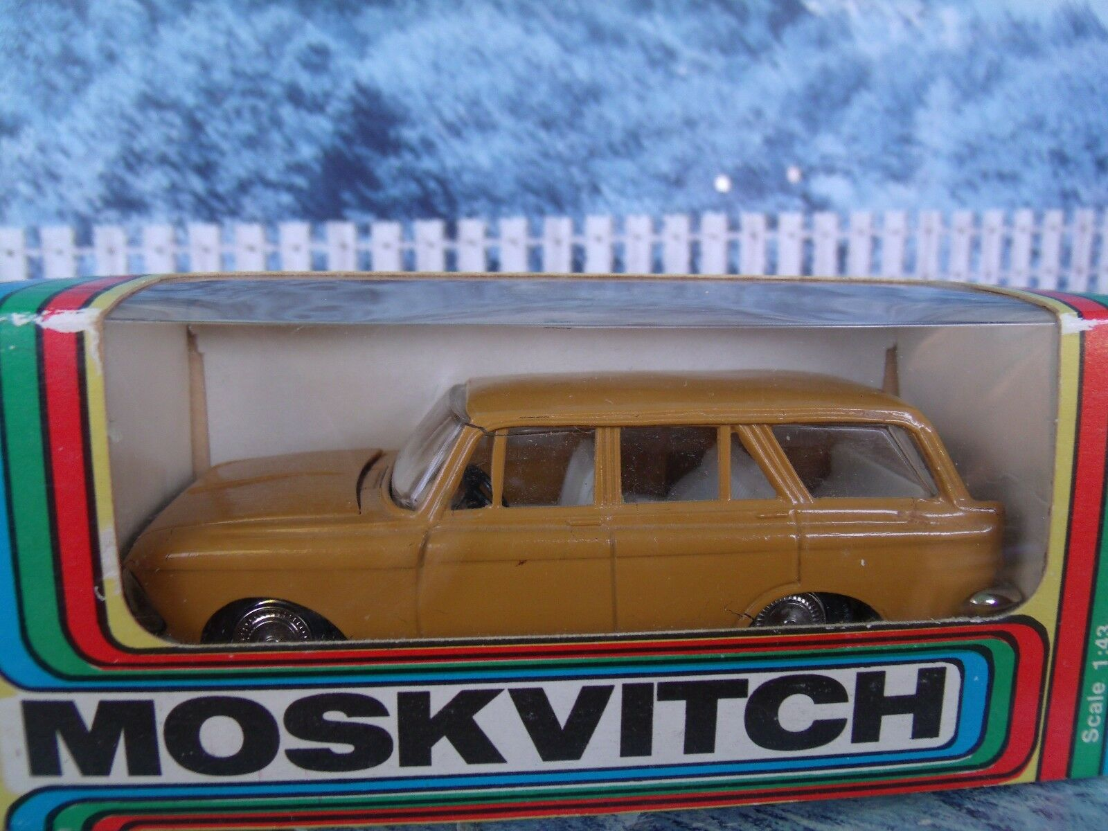 1 43 USSR Tantal (Russia) Moskvitch 427 A-4
