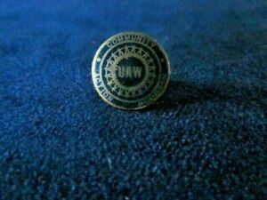 UAW-United-Auto-Workers-pin-button-badge-vintage-old-union-car-truck-rare-NICE