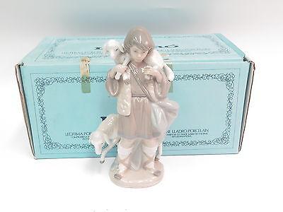 Lladro Shephard Boy #5485 Figurine w/ Box