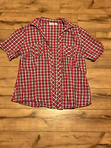 8c3911f9 Women's Size Medium Cato Dark Pink & Red Plaid Two Pocket Button Up ...
