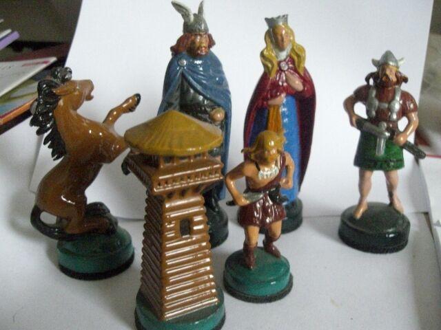 Schachspiel aus Zinn gegossen und und und per Hand liebevoll angemalt a99c9e