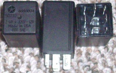 99-04 Grand Cherokee 96-00  Caravan flasher turn signal relay 4686094 TESTED