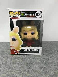 Funko-Pop-Muppets-Most-Wanted-Miss-Piggy-02