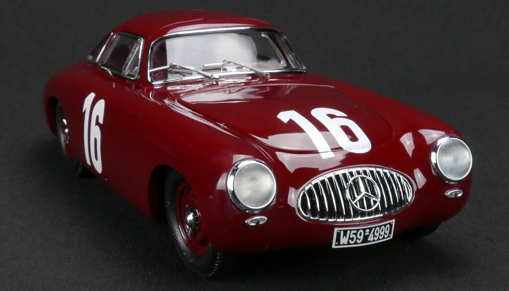 CMC M-160 Mercedes 300 SL, 1952 Berne GP, Caracciola, Red 1 18 Scale NEW