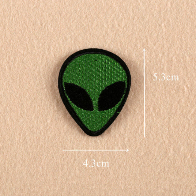 1PC Alien Cute Embroidery Sew On Iron On Patch Badge Clothes Bag Fabric Applique