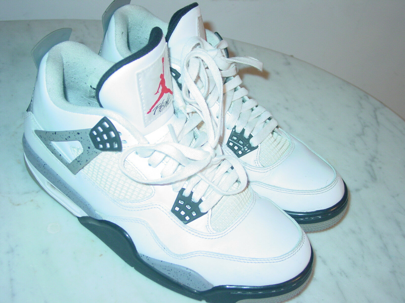 2011 Nike Air Jordan Retro 4  2012 Release  White shoes  Size 9.5 Sold As Is