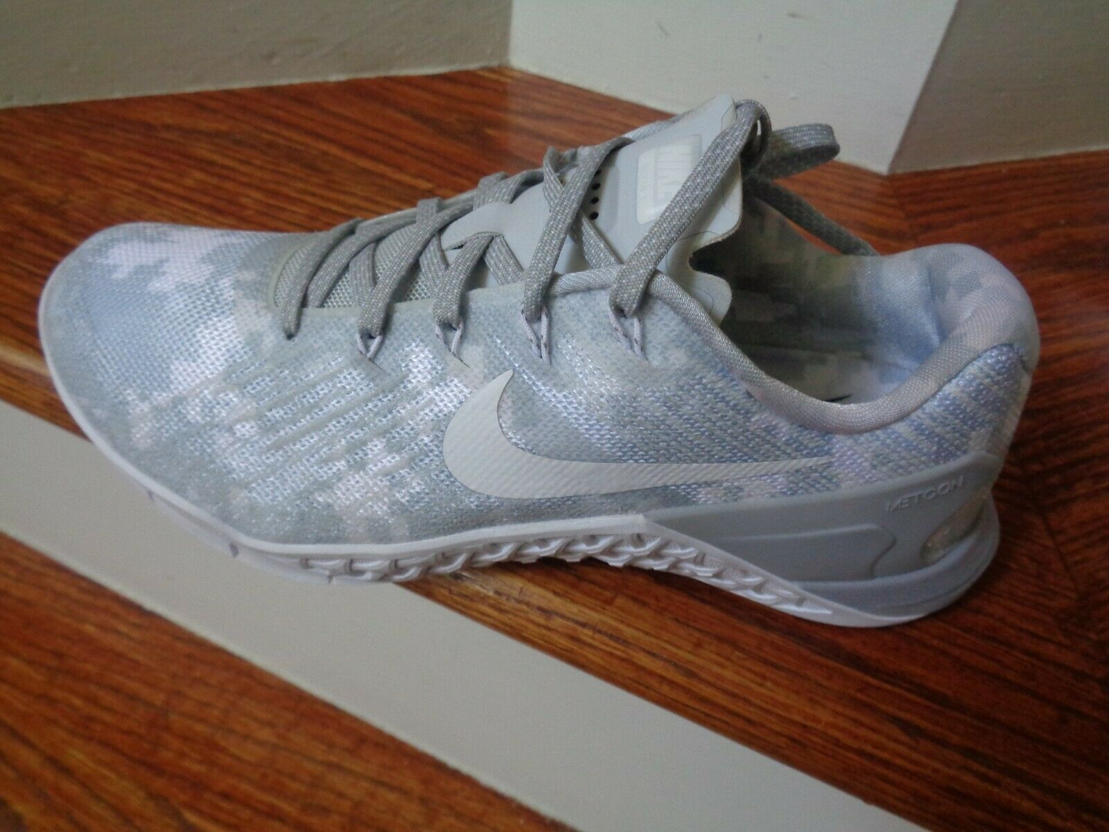 WMNS Nike Nike Nike METCON 3 AMP kvinnor Training springaning skor, 849808 002 Storlek 8 ny  skyndade sig att se