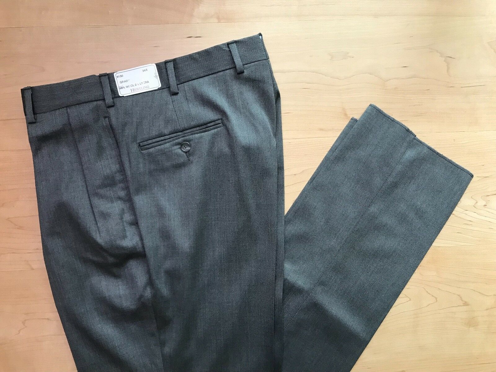 Hertling Trouser. 98% Wool 2% Lycra   Grady Fit   Size 34   9130. NEW.