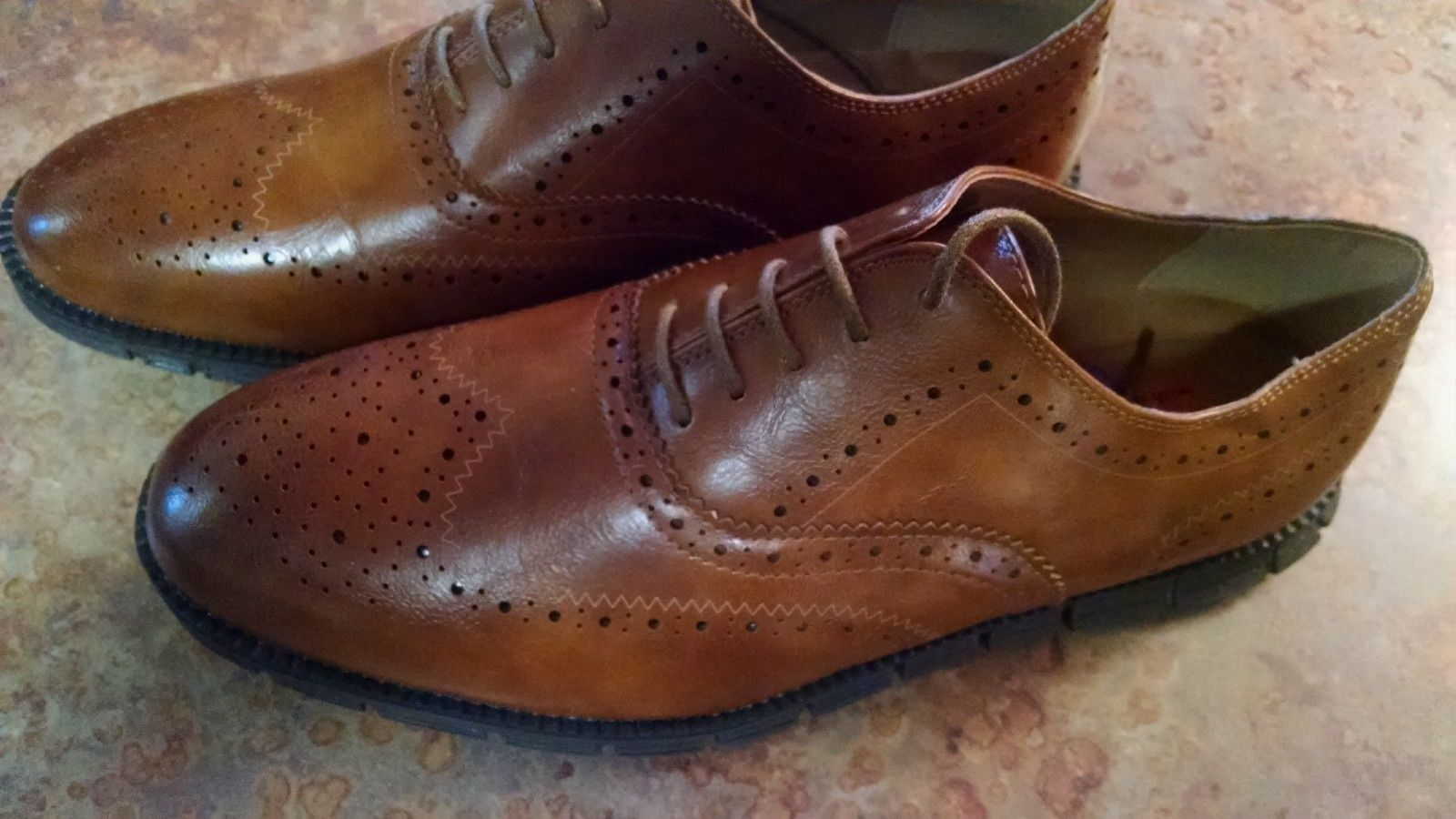 DEER STAGS   WING TIP OXFORDS   BROWN  MEMORY FOAM   SIZE 8.5 M.