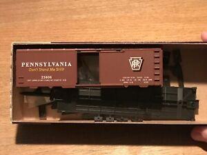 Pennsylvania-Railroad-Roundhouse-HO-Scale-PRR-40-039-Boxcar-23608-Kit