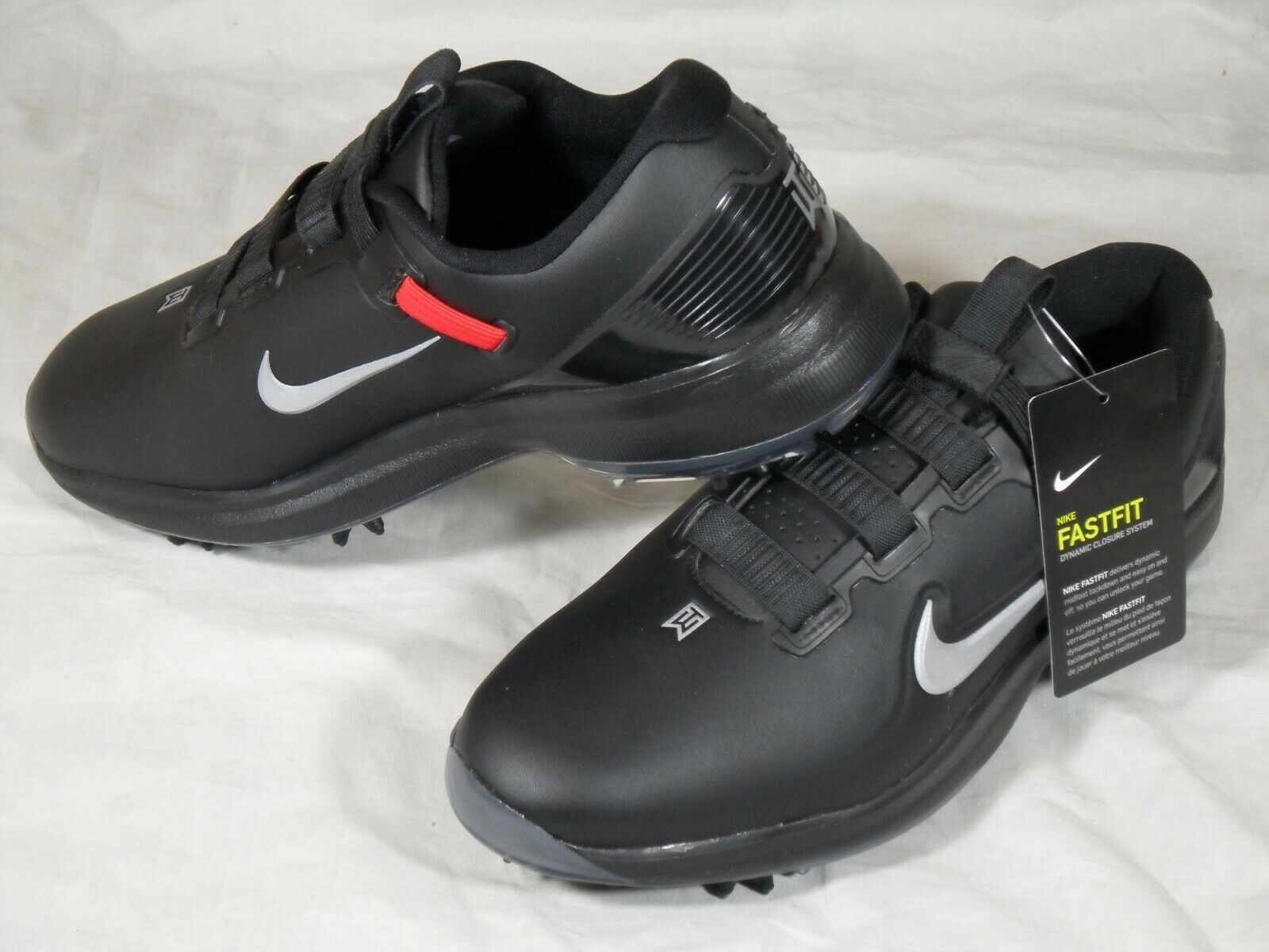 tiger woods golf spikes
