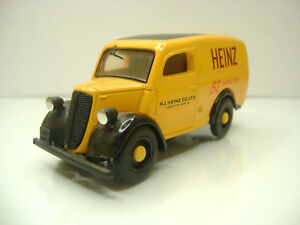 Diecast-Dinky-Toys-DY-4-Ford-Van-in-Yellow-Very-Good-Condition