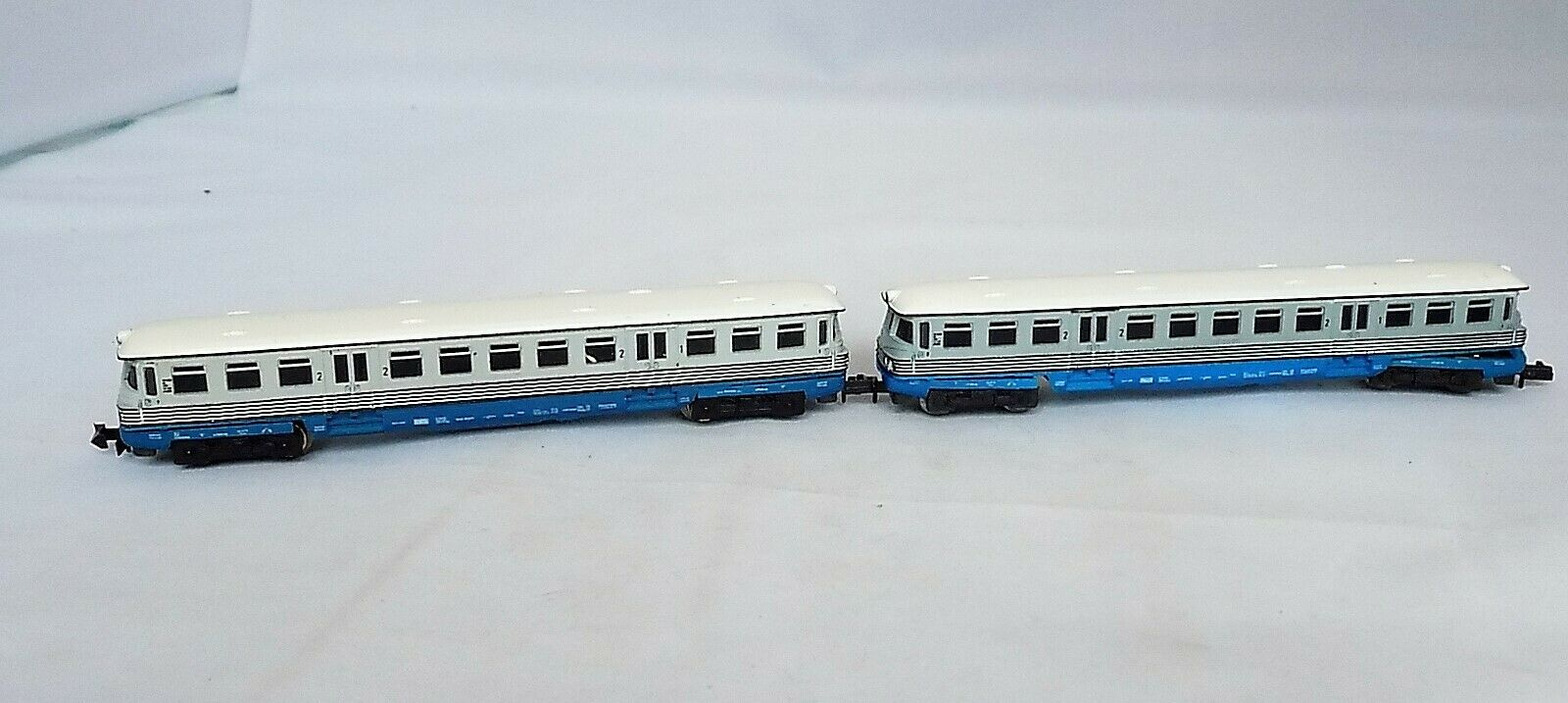 N Scale Piko 1st & 2nd Class Rail Bus & Trailer W  Light Function