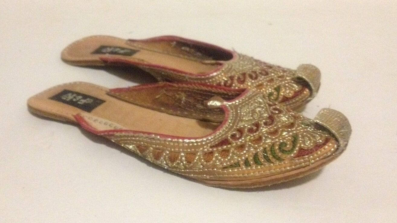 Embroidered Size House Shoes By H&K Size Embroidered 7.5 083aa7