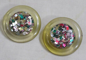 Vintage-Buttons-Lucite-with-Confetti-Center-Loop-Shank-Circa-1940s-50s